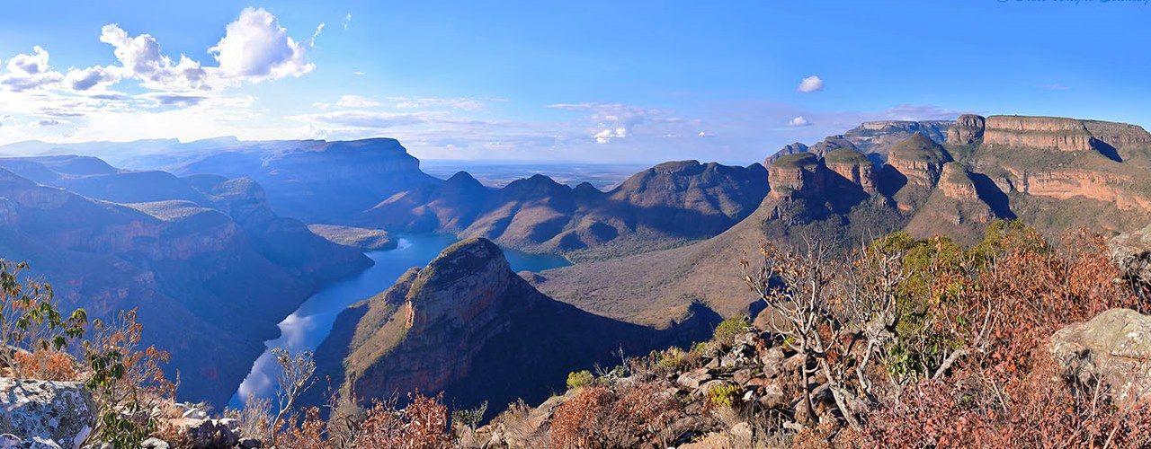Engel & Völkers - South Africa - HoedspruitHoedspruit - http://www.ucarecdn.com/07f64bde-c44e-4319-8124-3008e0a957fc/-/crop/1280x500/0,0/