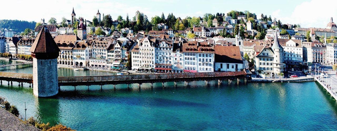 Engel & Völkers - Switzerland - LuzernLuzern - http://www.ucarecdn.com/0b2c4fdf-6e40-4194-bafb-1c2377e3dfa2/-/crop/1280x500/0,0/