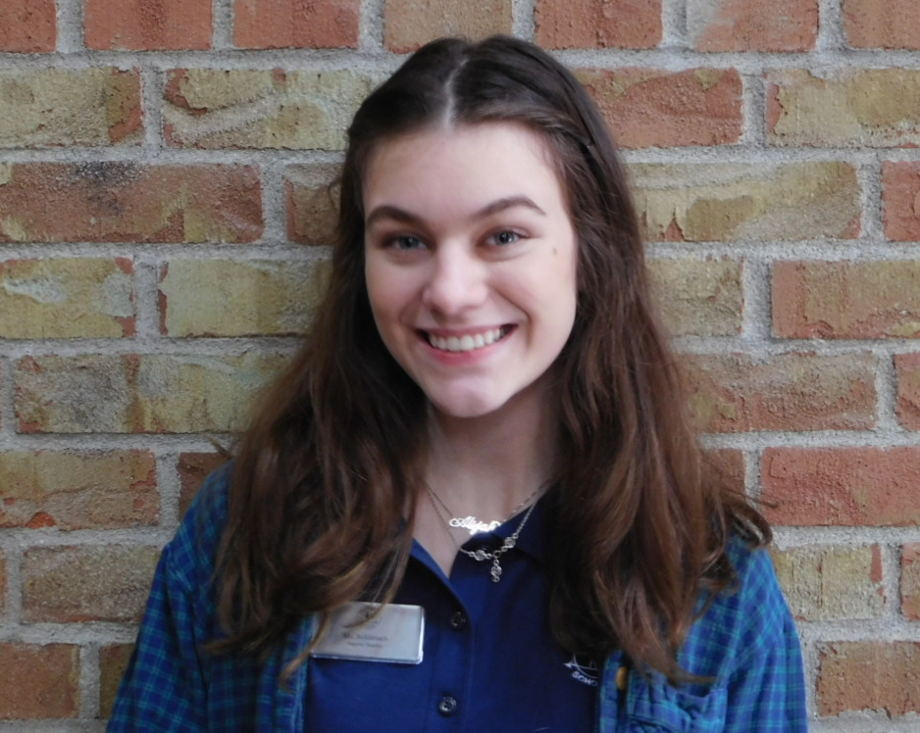 Lauren Schlabach , Support Staff
