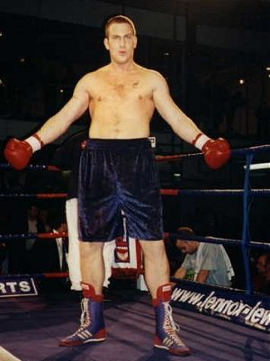 Former heavyweight boxer Danny Watts tragically dies aged 45