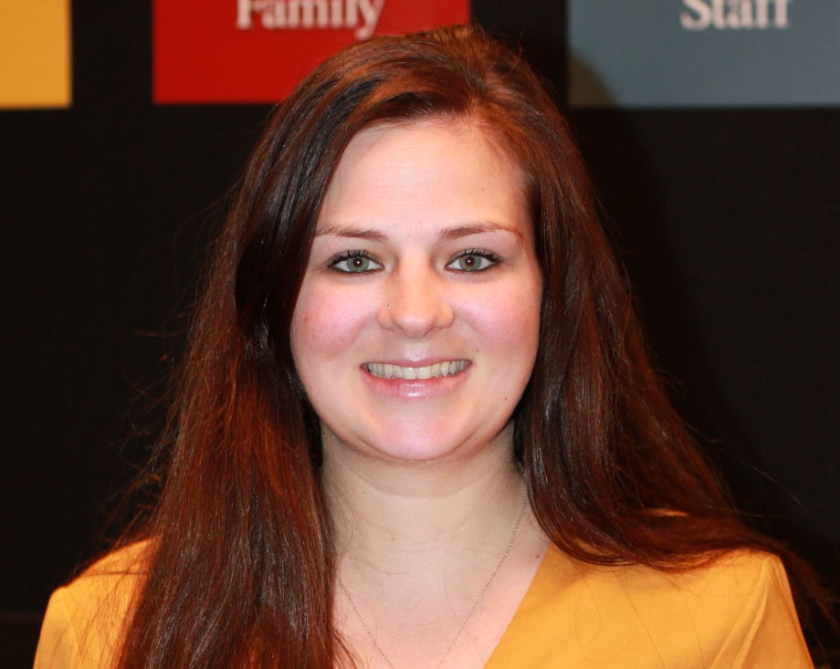 Leia Mazur , Assistant Director