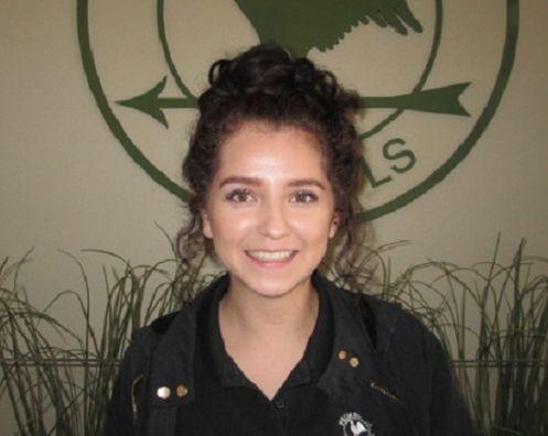 Alana Fernandez , Auxiliary Teacher
