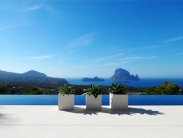 Rent an exclusive holiday villa