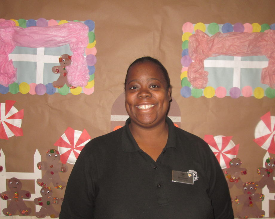 Ms. Rashonda Johnson , Associate Early Preschool I Teacher