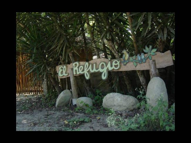 Hosteria El Refugio de las Aves-Montañita
