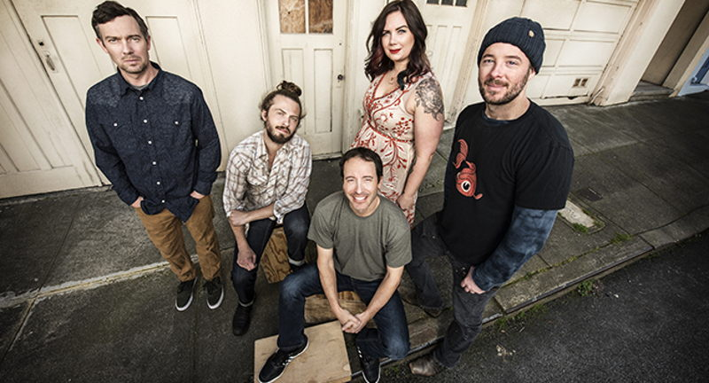 Yonder Mountain String Band with Billy Strings presented by WNRN