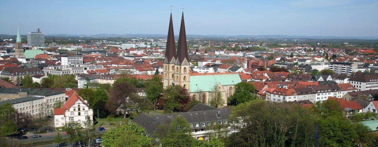 Engel & Völkers - Deutschland - BielefeldBielefeld - http://www.ucarecdn.com/6374a732-563c-4d0b-bd00-a69ada4439d3/-/crop/1280x500/0,0/