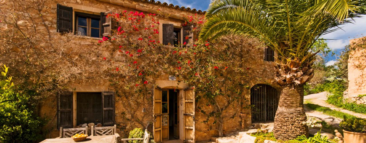 Charming authentic finca in the hills