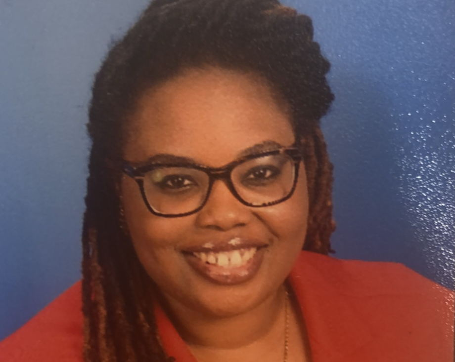 Kiara Palmer , Assistant Director