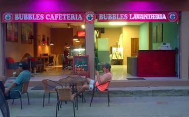 Ahora en Montañita 'Cafetería y Lavandería Bubbles' !!