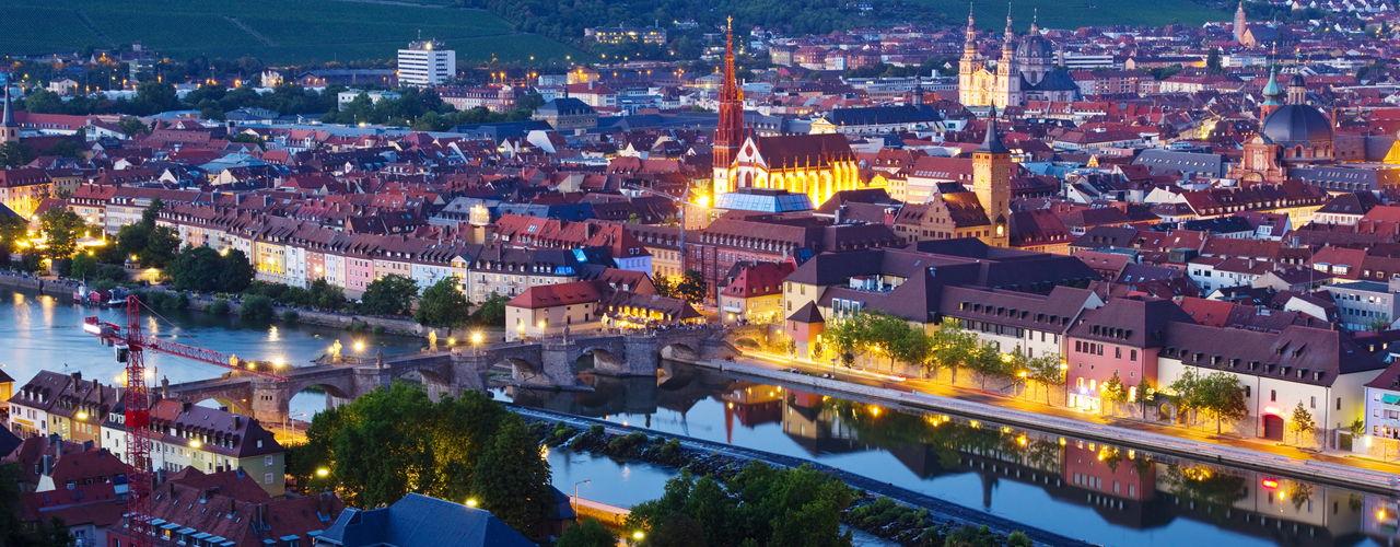 Engel & Völkers - Deutschland - WürzburgWürzburg - http://www.ucarecdn.com/871302fe-e896-4a99-b8f1-d00d26d11732/-/crop/1280x500/0,0/