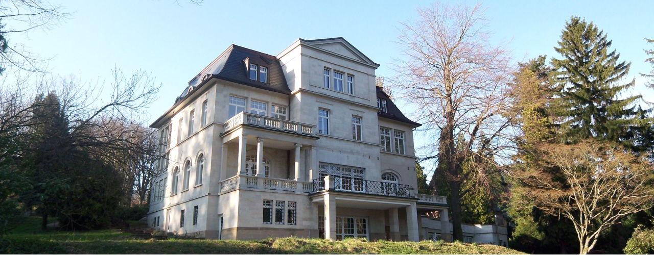 Engel & Völkers - Deutschland - Baden-BadenBaden-Baden - http://www.ucarecdn.com/9bda1f45-1edf-4f45-a8bf-2619cbe46377/-/crop/1280x500/0,0/