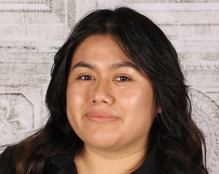 Ms. Daisy Pacheco , Assistant Teacher - Float