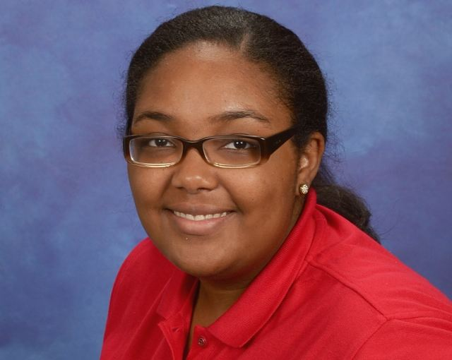 Chanequa  Davis , Floater/ Support Staff