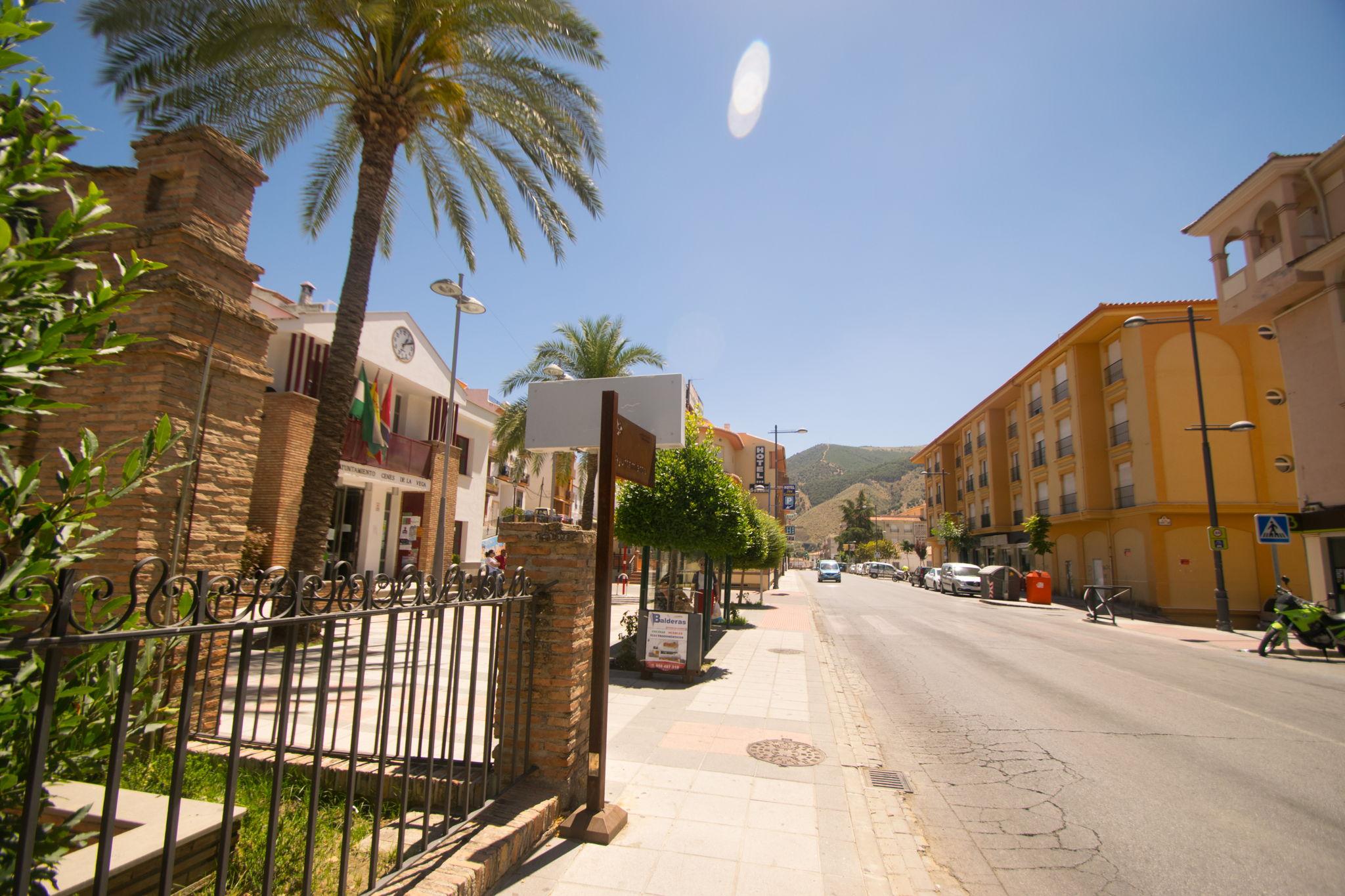 Ayuntamiento de Cenes (Sol Meridiem)