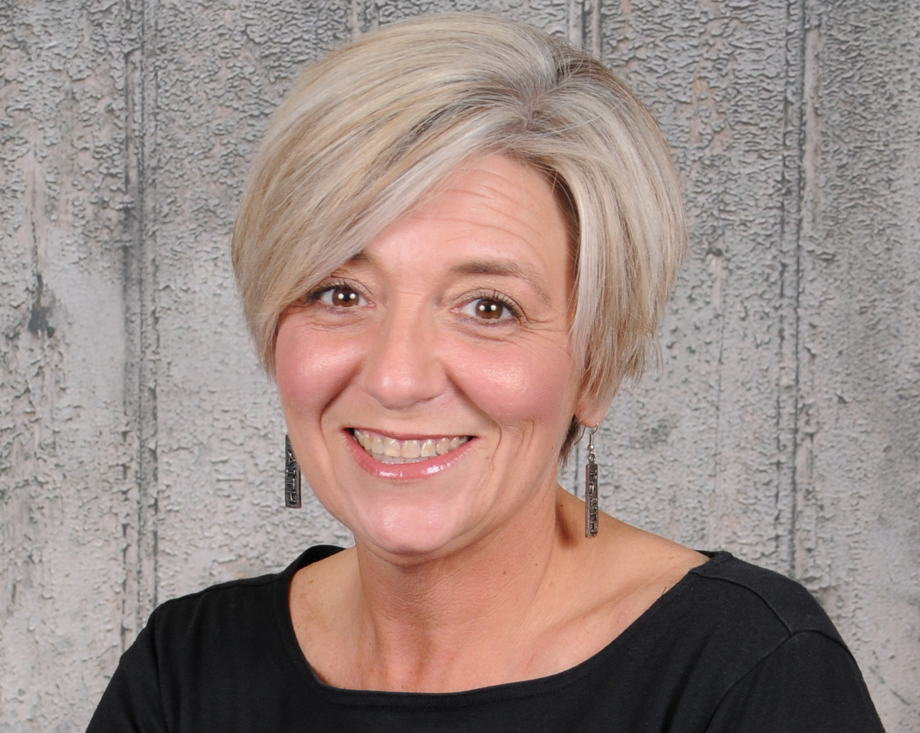 Jana Thurman , Director