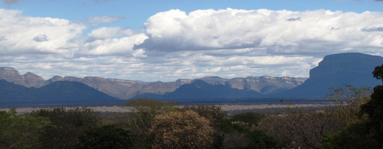 Engel & Völkers - South Africa - HoedspruitHoedspruit - http://www.ucarecdn.com/c6d71748-9efa-48e4-b62d-98c322b2eac2/-/crop/1280x500/0,0/