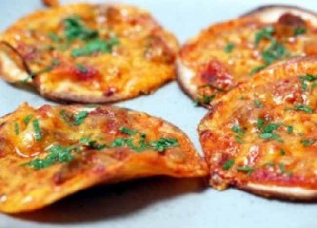 Close up of delicious tortilla pizza bites