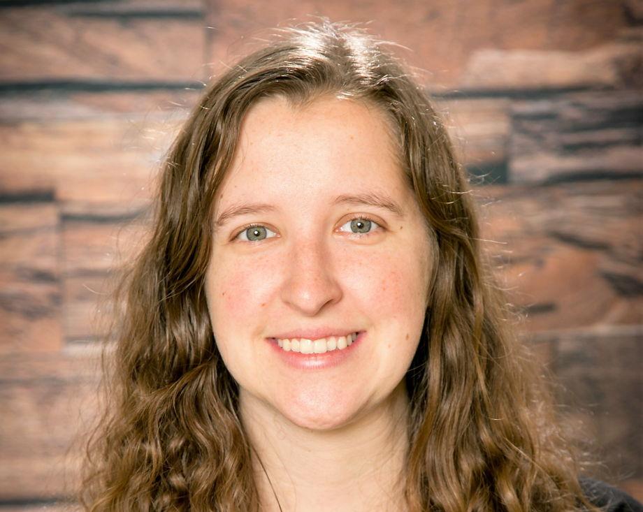 Ms. Kelly Sewell , Early Preschool Assistant Teacher