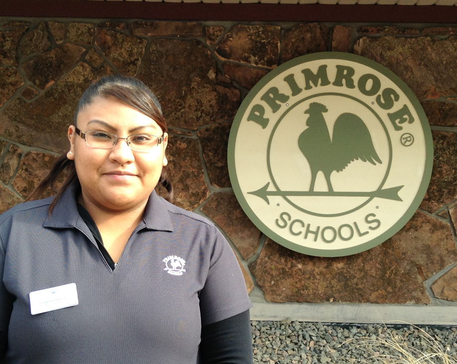 Elizabeth Munoz Garcia , Infant Teaching Assistant