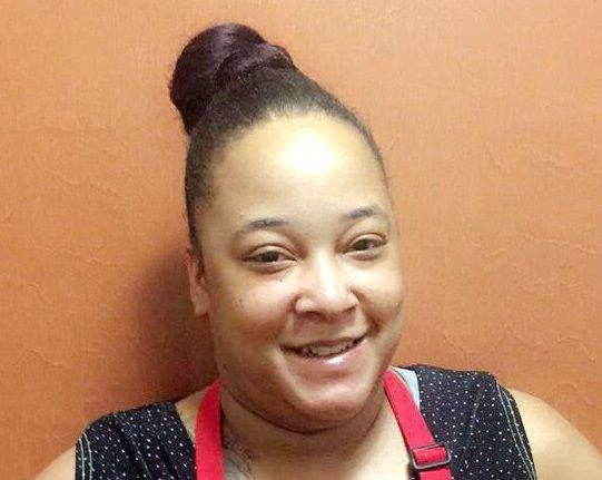Krystal Thornton , Chef