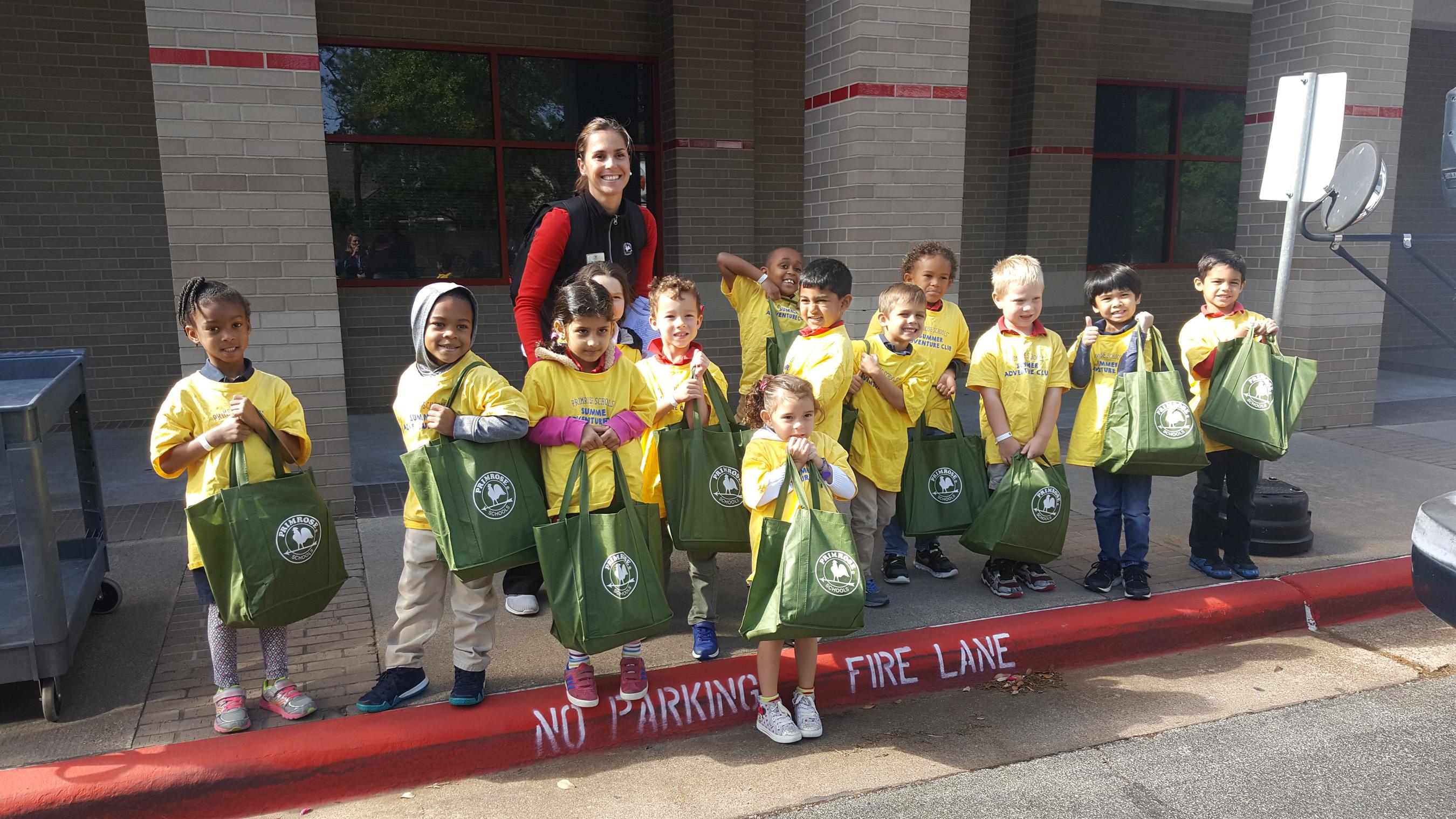 Image of Houston Primrose students giving back