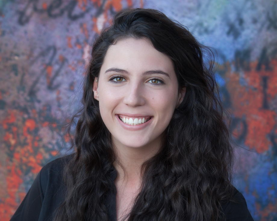 Ms. Nadya , Assistant Teacher- Afterschool