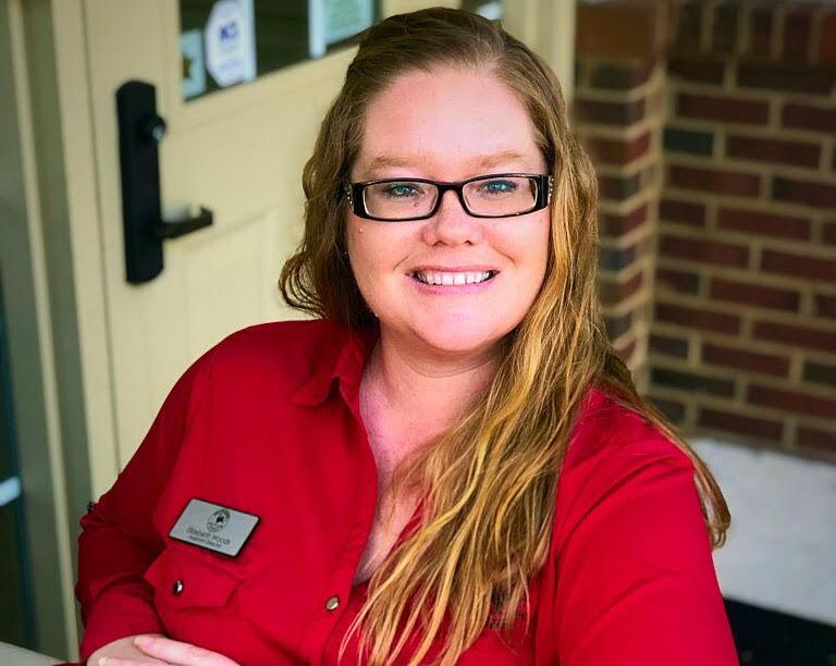 Elizebeth Woods , Assistant Director
