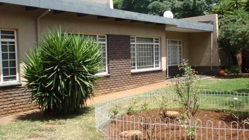 Real estate in Hartbeespoort Dam - 85382.jpg