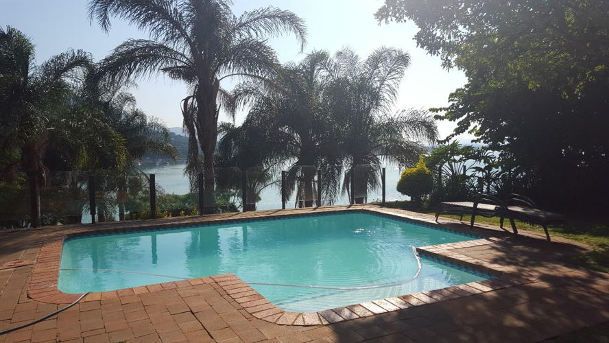 Real estate in Hartbeespoort Dam - 86699.jpg