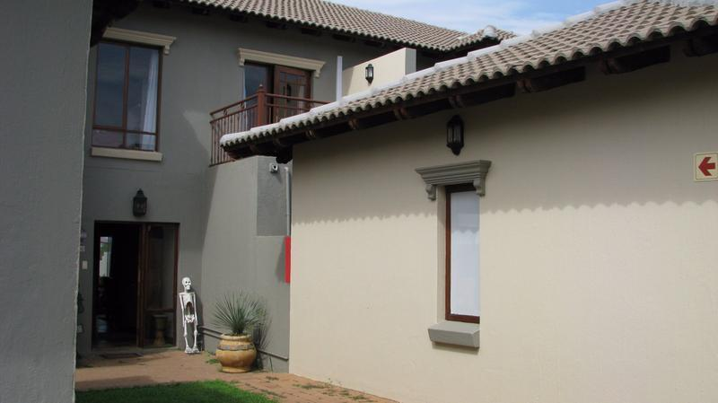 Real estate in Hartbeespoort Dam - 86112.jpg