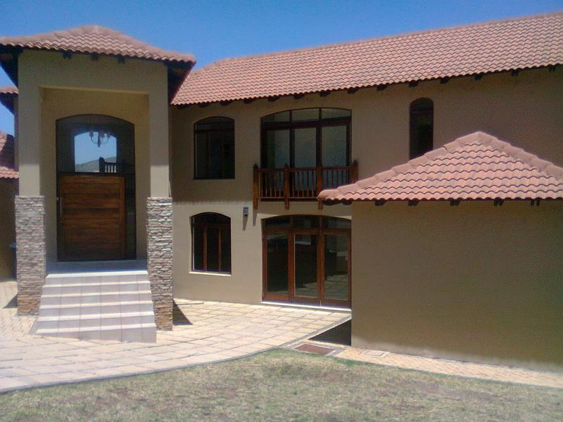 Real estate in Hartbeespoort Dam - 84805.jpg