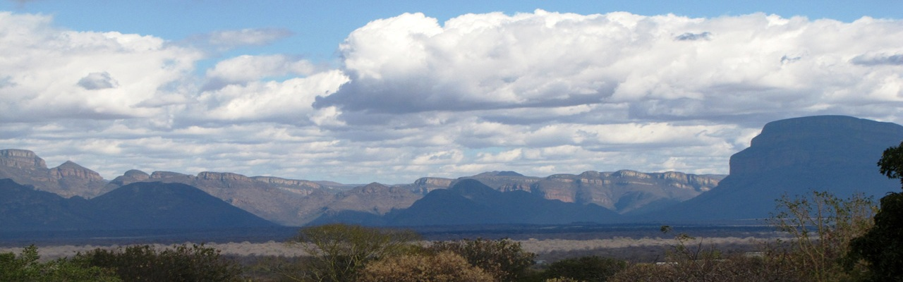 Immobilien in Hoedspruit - Hoedspruit Drakensberg Mountain Range