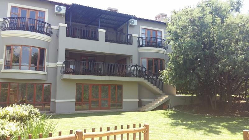 Real estate in Hartbeespoort Dam - 87046.jpg
