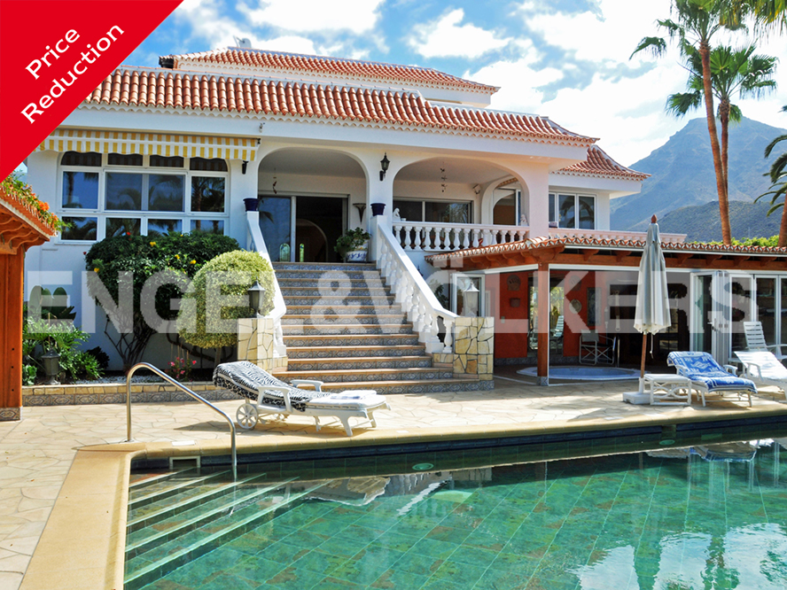 Costa Adeje - Property for sale in Tenerife: Dream Villa in Costa Adeje, Tenerife South!