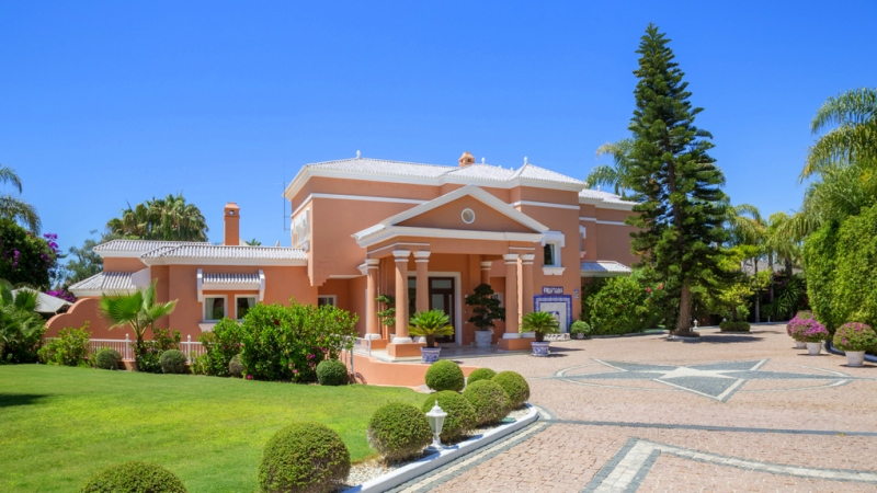 Marbella - W-022KIW Majestic villa for sale in Bahia de Marbella
