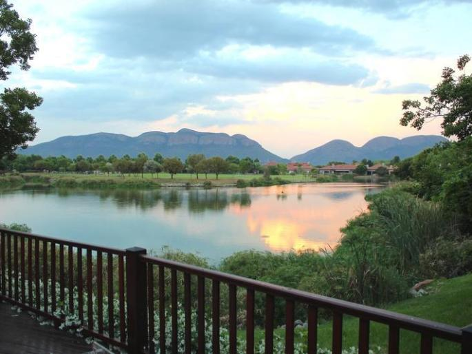 Real estate in Hartbeespoort Dam - 88720.jpg