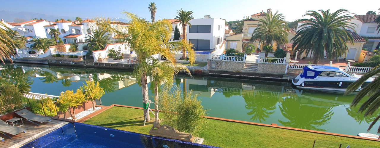 Empuriabrava - Find your dream property in Empuriabrava, Costa Brava withe E&V