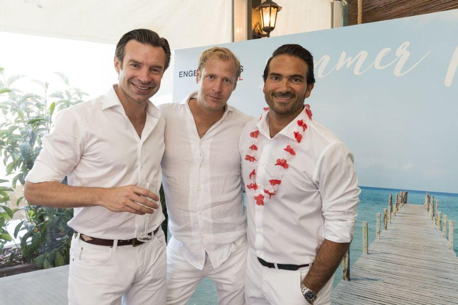 Todo el equipo de engel v lkers barcelona celebr su for Trabajos de verano barcelona
