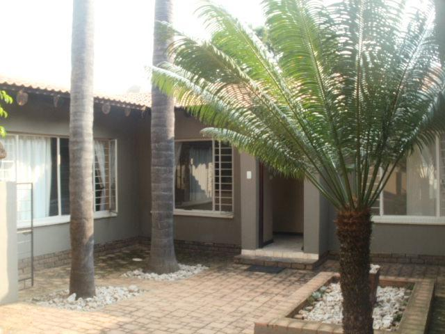 Real estate in Hartbeespoort Dam - 85418.jpg