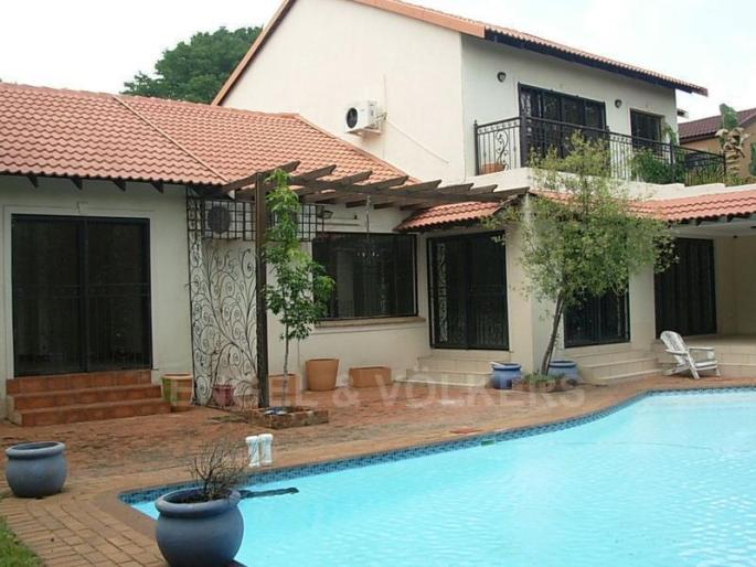 Real estate in Hartbeespoort Dam - 87034.jpg