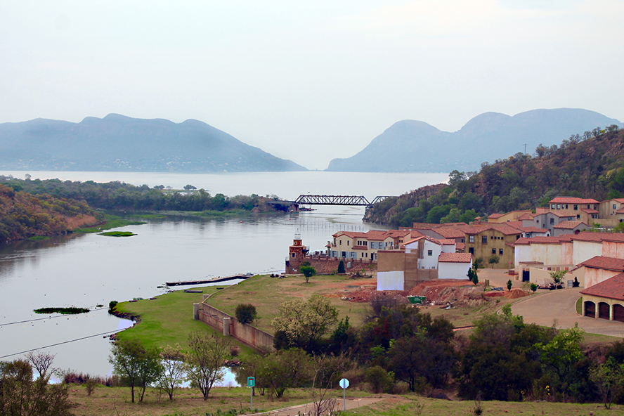South Africa - Estate Pic.jpg