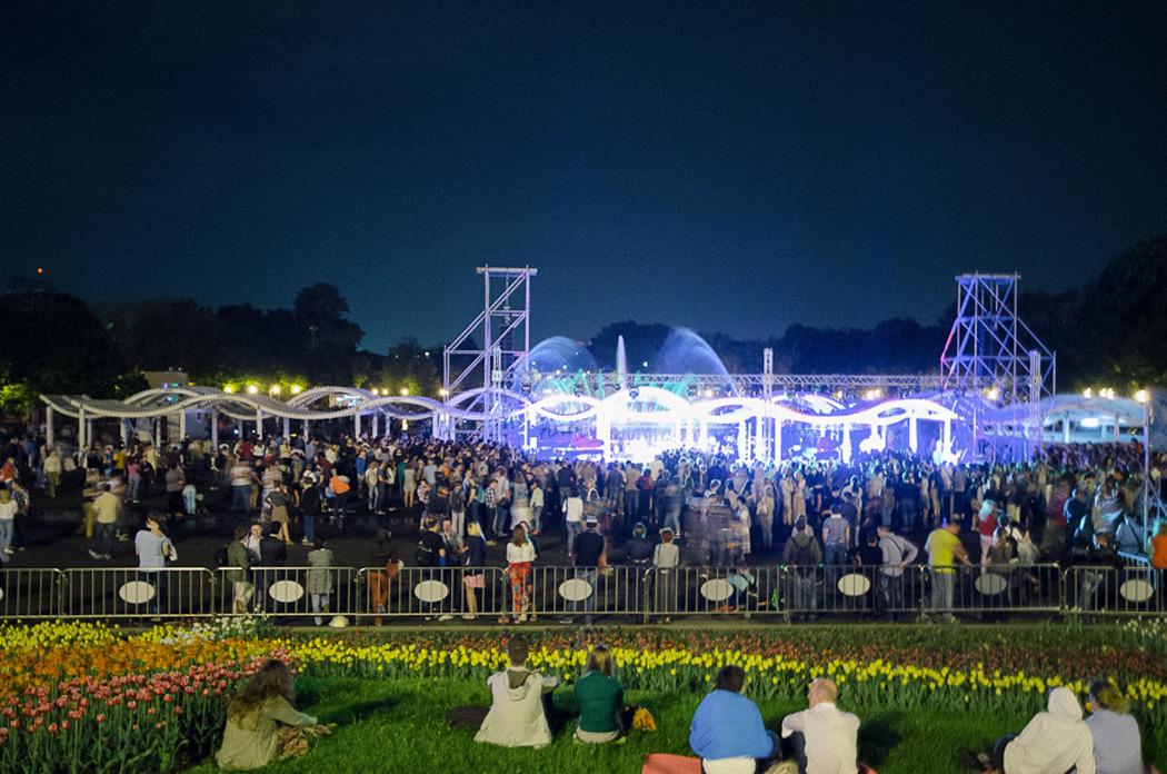 «Ночь музеев – 2013», световое шоу в парке Горького. Фото: Dremin13