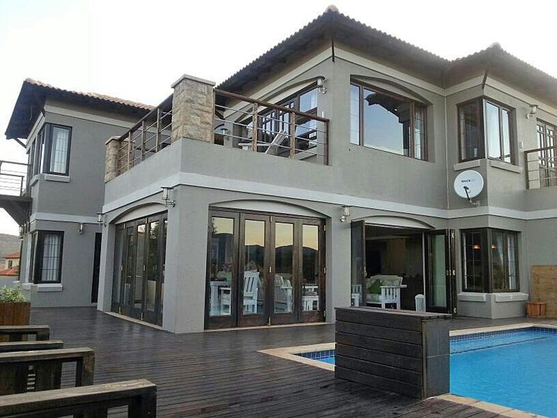Real estate in Hartbeespoort Dam - 67248.jpg