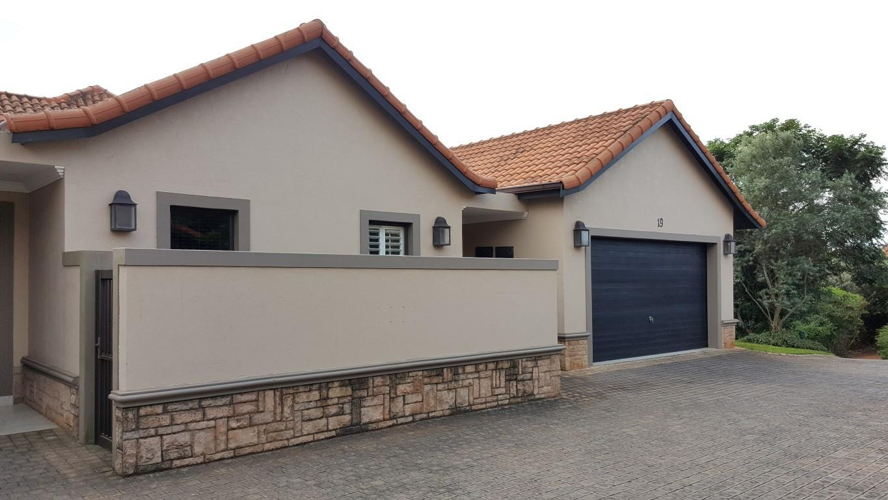 Real estate in uMhlanga Rocks - 952378_large.jpg