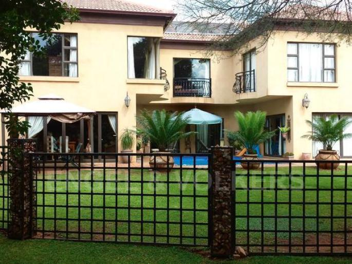 Real estate in Hartbeespoort Dam - 70501 1.jpg