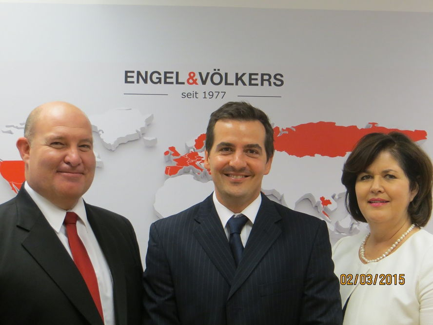 South Africa - Craig Hutchison, CEO Engel & Völkers SA; Charl Krumm, Licence Partner Blouberg and Wendy Williams, Sales Director Engel & Völkers Southern Africa.