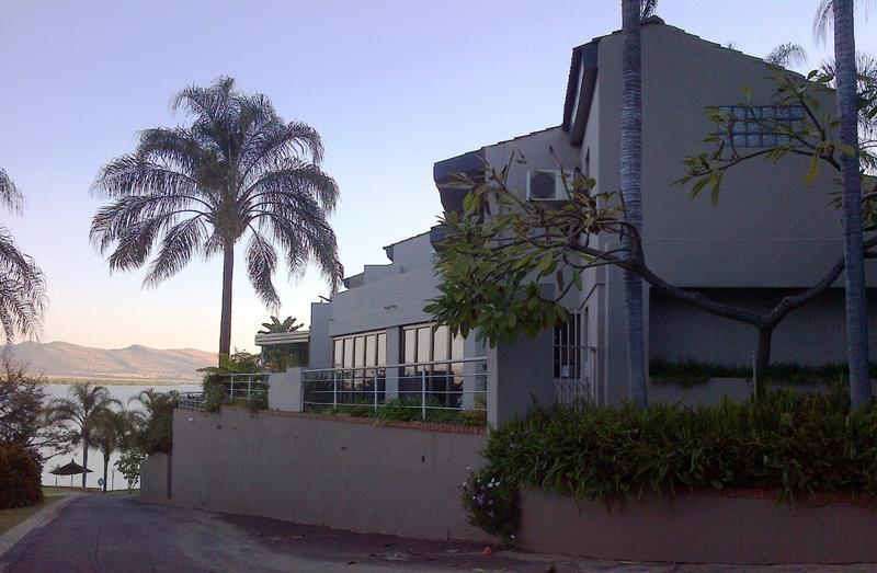 Real estate in Hartbeespoort Dam - 84371.jpg