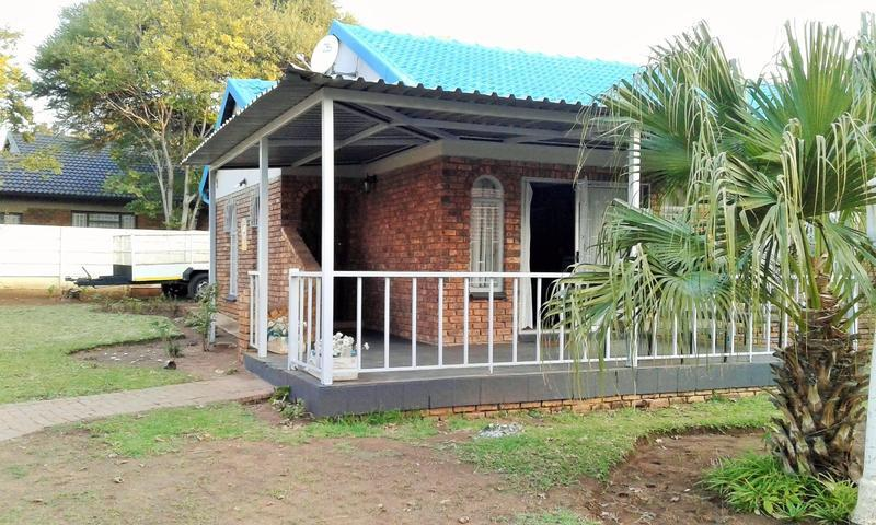 Real estate in Hartbeespoort Dam - 88609.jpg