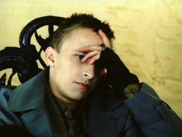Кадр из фильма «Арбитр» (реж. Иван Охлобыстин, 1992 г.)